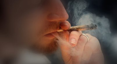 A füves cigi hetekre elhangolja az agyat