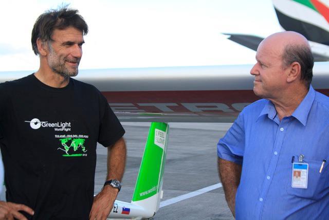 Zöld repülővel a feketeszén nyomában