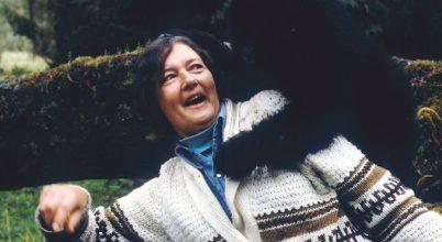 A gorillák védelmezője és barátja volt