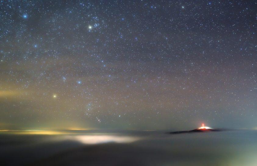 A hónap asztrofotója: Csillagok a Kékes felett