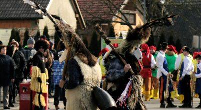 A szlovén karnevál forgatagában
