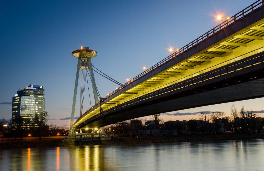 UFO híd