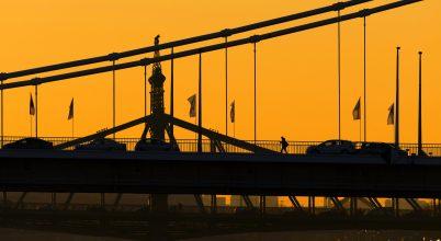 A nap képe: A hídi vándor