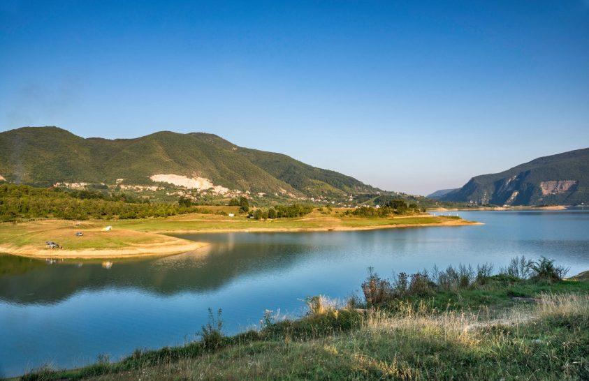 A gyönyörű tó helyén kopár a meder