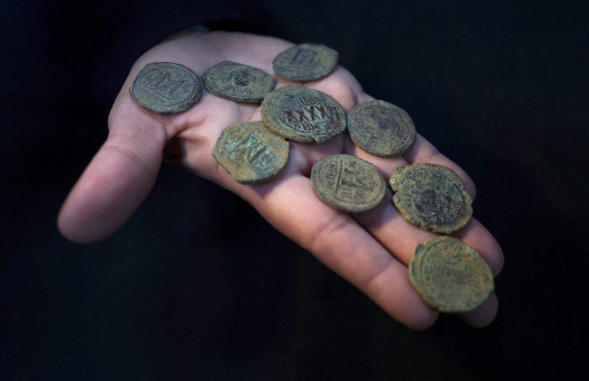 Mit is rejt egy régészeti raktár?