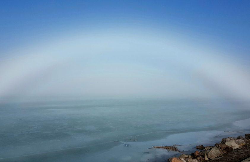 A nap képe: Égi tünemény ível át a Balaton fölött
