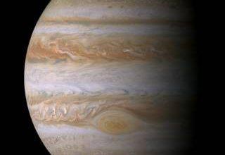 Végre közelről is megpillanthatjuk a Jupiter Nagy Vörös Foltját