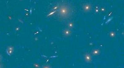 Megvan az egyik legfényesebb galaxis