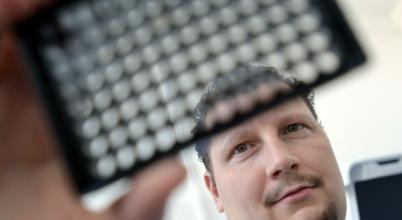 """A daganatterápiát is segíti a szegedi kutatók """"beszélgető szoftvere"""""""