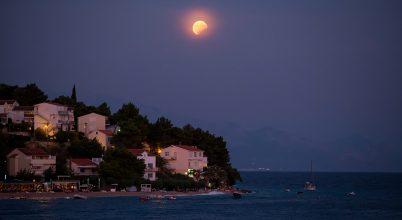 Mediterrán holdfogyatkozás