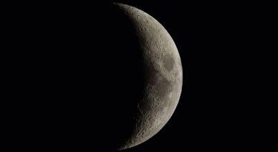 2017. szeptember asztrofotója: Kráterekkel tarkított Hold