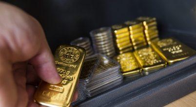 Évente több kiló aranyat húz le a vécén Svájc