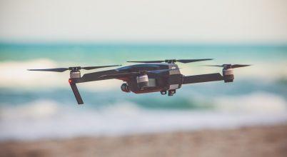 Drónokkal védik a strandolókat a cápáktól