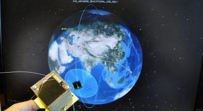 20 dekányi műhold készül Föld körüli pályára