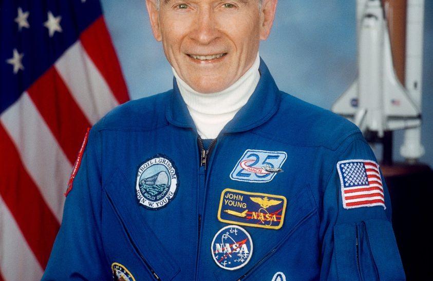 Meghalt John Young amerikai asztronauta