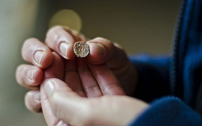 2700 éves agyag pecsétlenyomatot találtak Jeruzsálemben