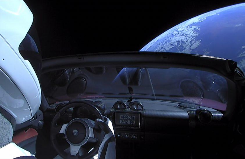 Évmilliókon át az űrben maradhat Elon Musk űrautója