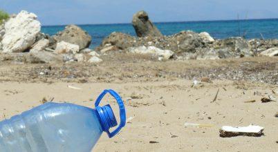 Műanyagrészecskék lepik el a tengerek mélyét