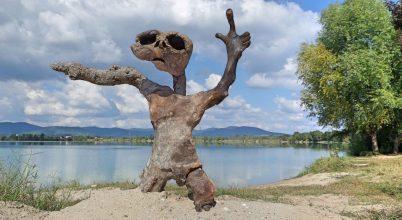 A nap képe: E.T. a Lupa-tó partján