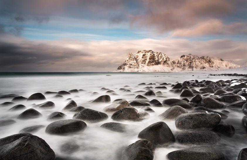 A nap képe: Ködben úszó kövek