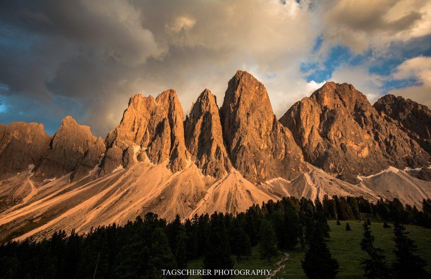 A nap képe: Esti fényjáték a Dolomitok csúcsai fölött