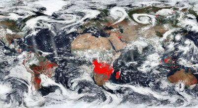 Lángok borítják be a Földet