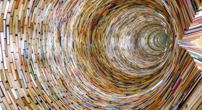 A nap képe: Könyvalagút