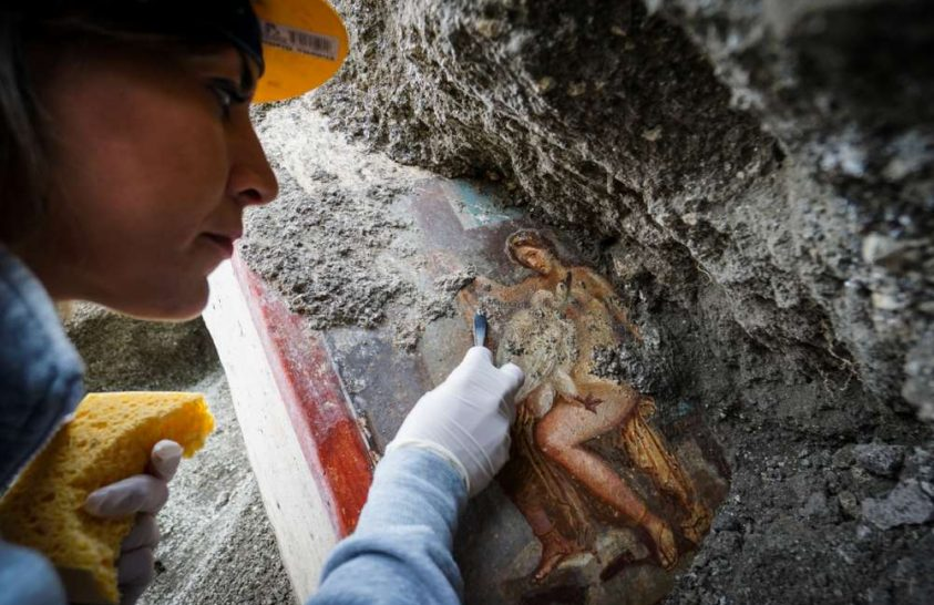 Erotikus falfestmény került elő Pompeiiben