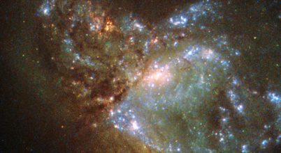 Egyre gyorsabban növekvő fekete lyukak