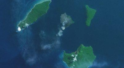 Harmadára csökkent az Anak Krakatau magassága