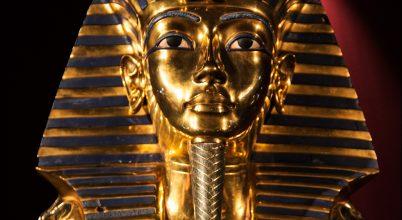 Meteorit hozta létre Tutanhamon nyakékének díszét