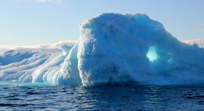 Grönland egyetlen nap alatt 2 milliárd tonna jeget vesztett