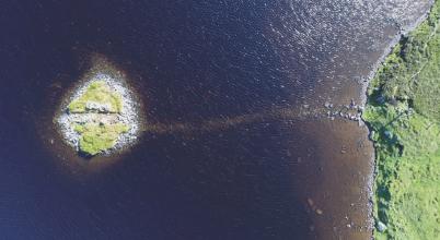 Több ezer éves mesterséges szigetek Skóciában