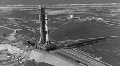 A Holdra szállás évfordulója előtt