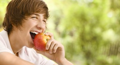 Napi egy alma, 100 millió baktérium