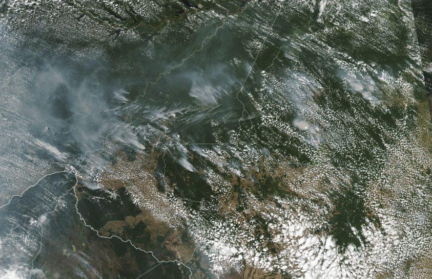 Lángokban áll Amazónia – az ok az erdőirtásban keresendő