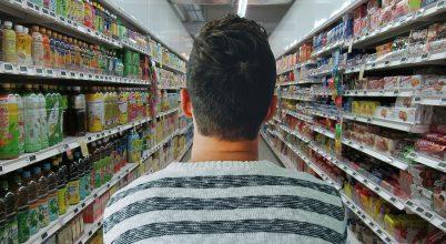 Az angliai szupermarketekben kevesebb nejlonzacskó fogy