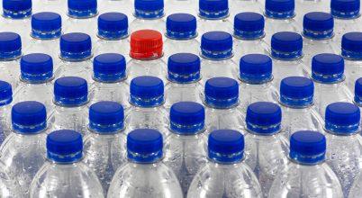 Száműzi a PET-palackos italokat a Pécsi Tudományegyetem