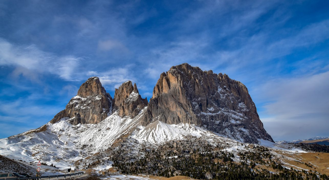 A nap képe: Égbe nyúló hegycsúcsok