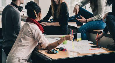 Mi történik, ha a diákok döntenek a tanítás kezdéséről?