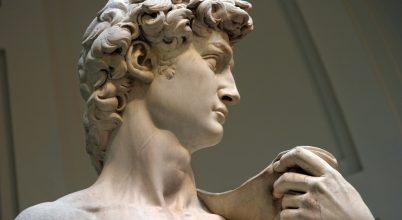 Michelangelo klinikai éleslátása a Dávid szobor megalkotásánál