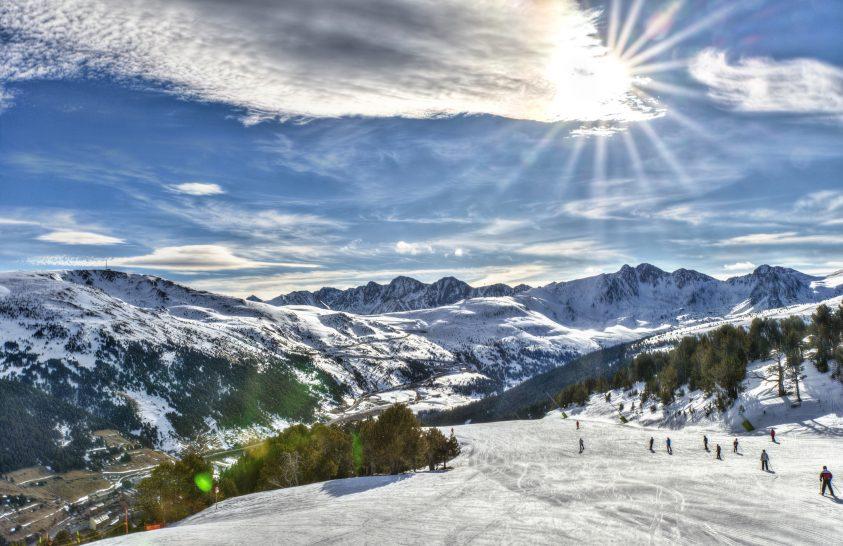 Úgy tűnik, menthetetlenek a Pireneusok gleccserei