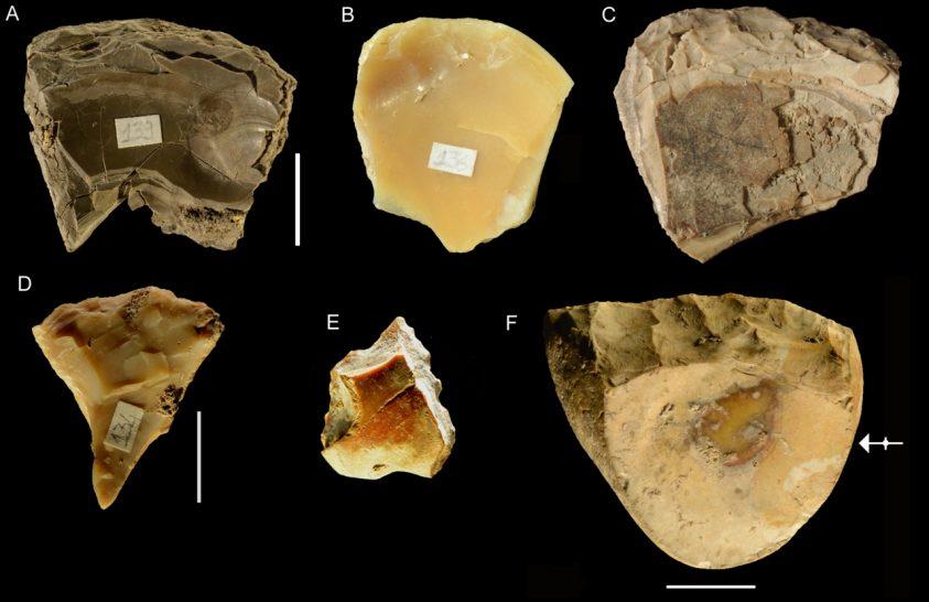 Víz alól gyűjtöttek eszközöket a neandervölgyiek