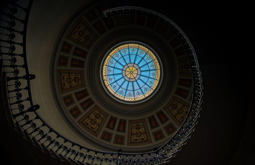 A nap képe: Lépcsőház