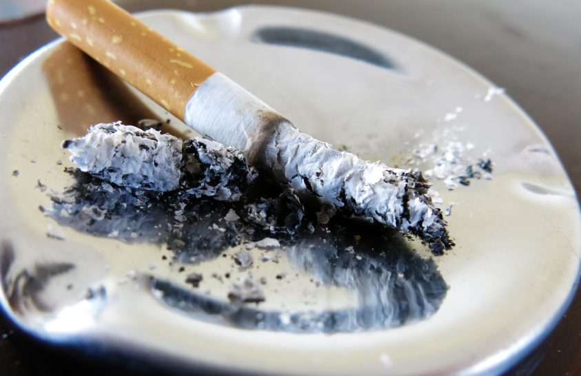 A cigarettacsikkek láthatatlan emissziója