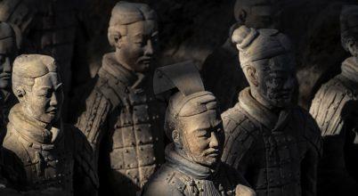 A túlvilági életre készülő császár grandiózus síremléke
