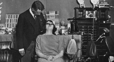 Az altatás alkalmazása egy fogászati rendelőben kezdődött