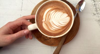 A koffein a koncentrációt segíti, nem a kreativitást