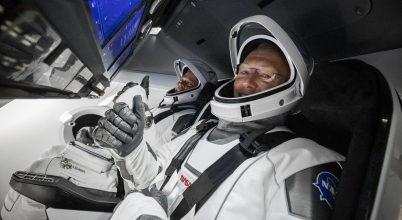 Elégedettek a NASA asztronautái a SpaceX űrruhájával