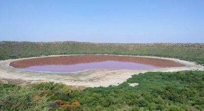 Rózsaszínűvé vált az indiai krátertó